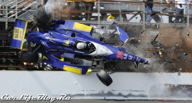 indy500_crash-1