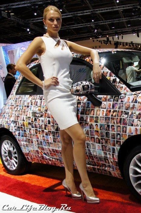 paris-motor-show-models-48