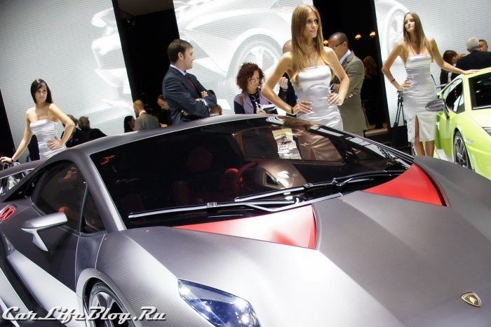 paris-motor-show-models-62