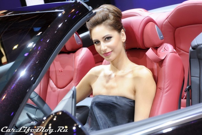 paris-motor-show-models-71