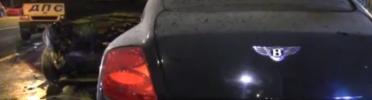 Очередное «мажорское» ДТП. Bentley не поделил дорогу с Subaru.
